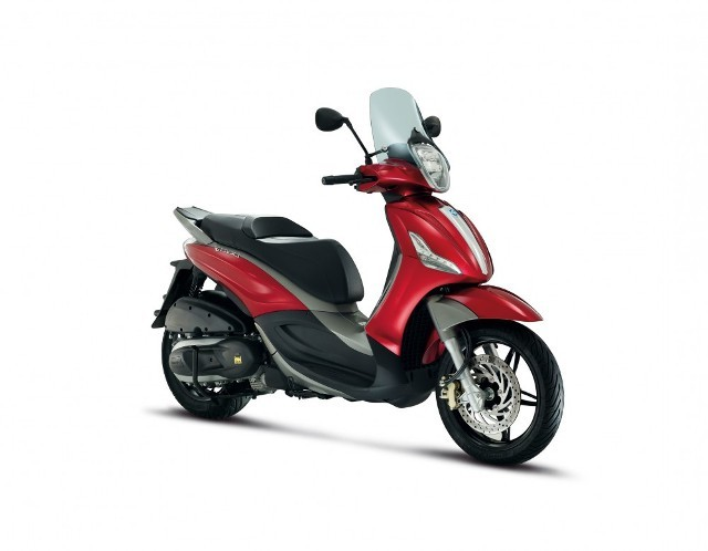 Piaggio Beverly Sport Touring 350 Scooter